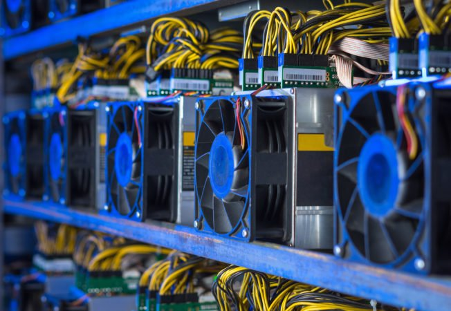 Bitcoin hash rate drops over 10% as Chinese miners migrate to fossil fuel plants