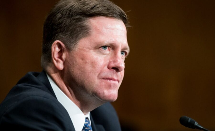 SEC Chairman Jay Clayton on Bitcoin: Not a Security, But More Regulation Needed