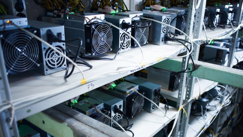 Hut8 borrows ~$12M from DCG's Foundry to order new bitcoin miners